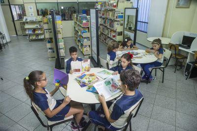 Biblioteca do Colégio São Paulo da Cruz, Barreiro